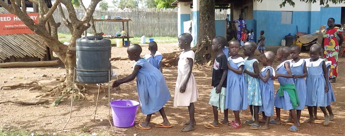 http://www.schoolsforrefugees.org/wp-content/uploads/2016/12/washing-hands.jpg